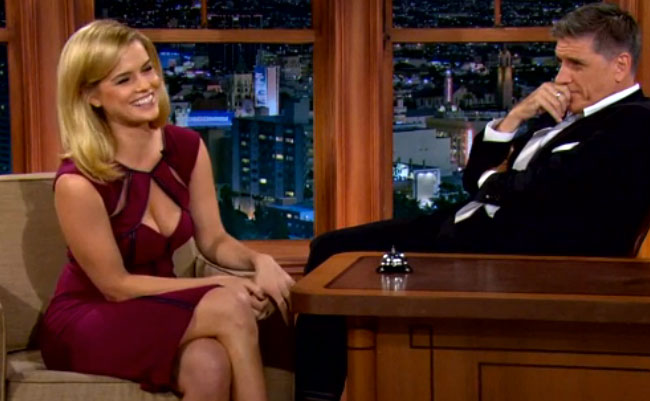 Alice Eve Wore An Impossibly Distracting Dress | Daily Girls @ Female Update