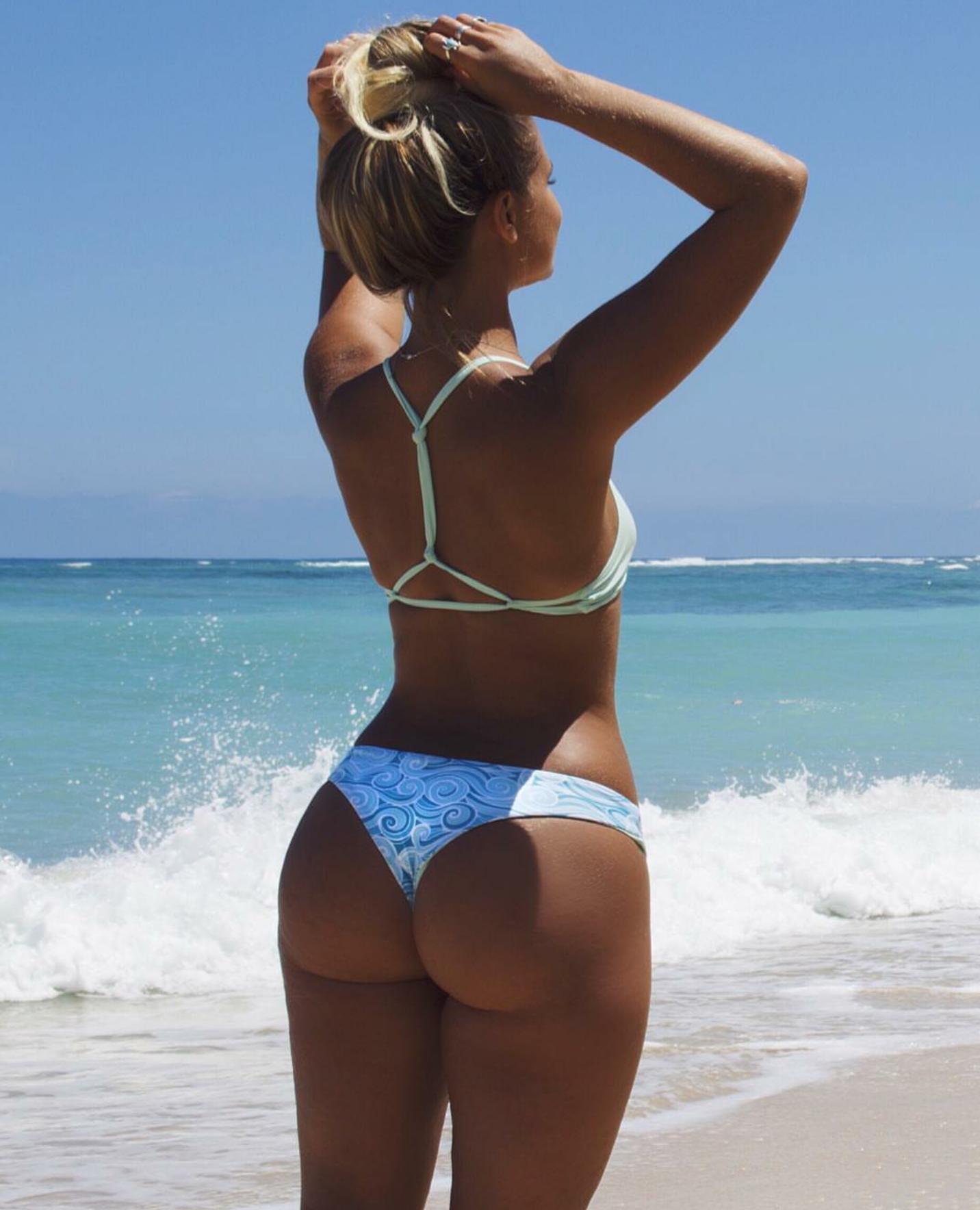 Bikini Girls Kickin' Off Bikini Season – Stalkeri   Daily Girls @ Female Update