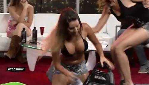 Girls Get Wet on a TV Show | Daily Girls @ Female Update