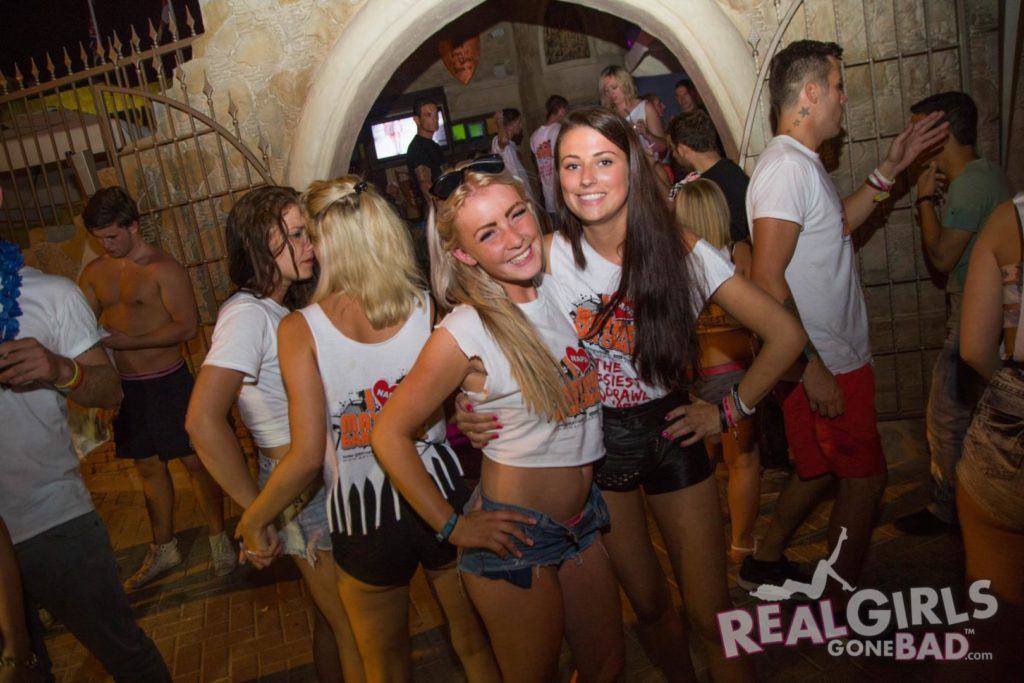 Real Girls on a Crazy Night in Ayia Napa | Daily Girls @ Female Update