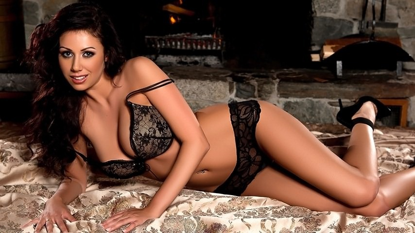 Sara Kristina in Firewood Sizzle for Playboy | Daily Girls @ Female Update