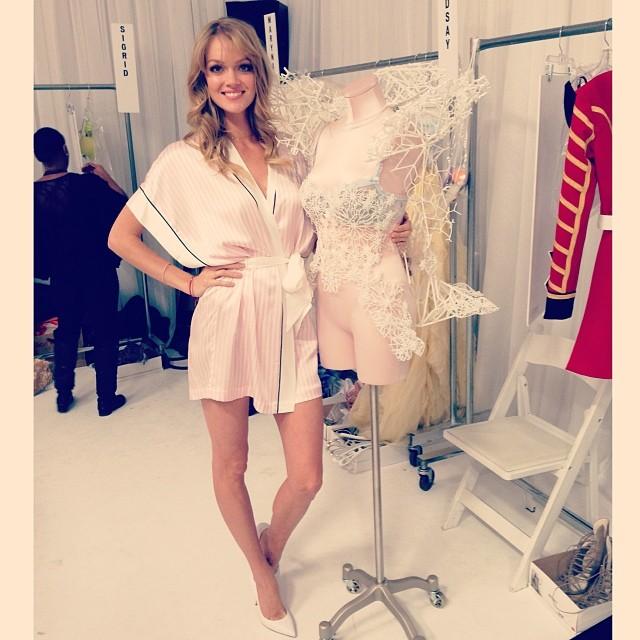 Victoria's Secret Fashion Show 2013: Backstage | Daily Girls @ Female Update