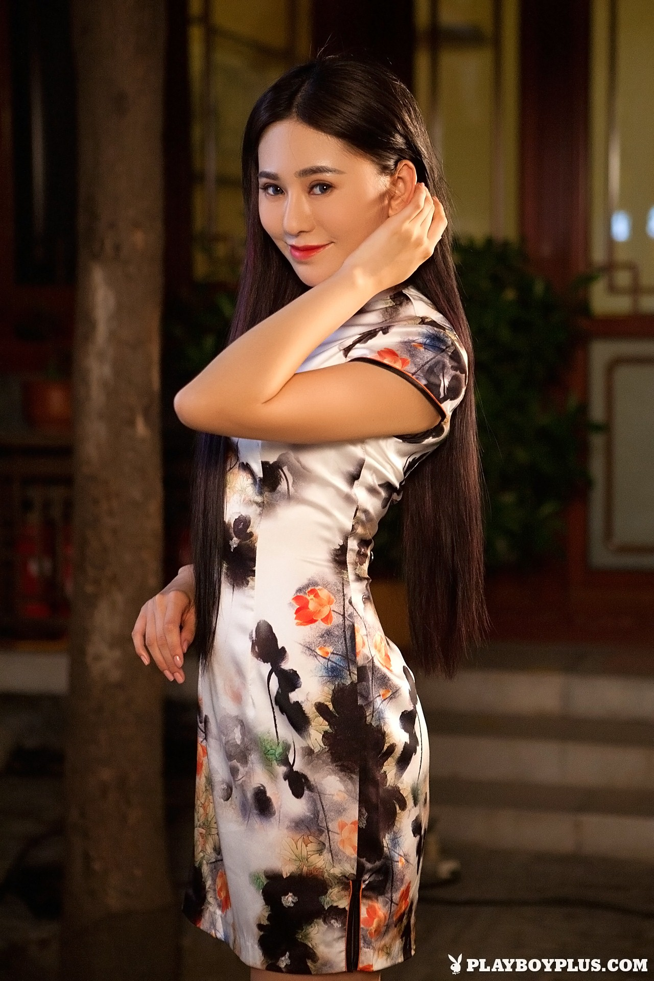 Wu Muxi is Breaking Tradition for Playboy   Daily Girls @ Female Update